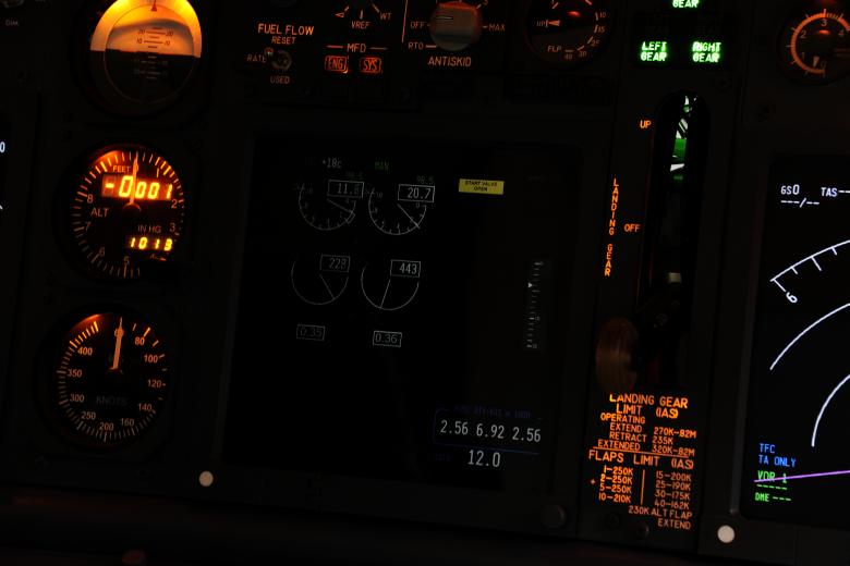 B737LBL 0301c